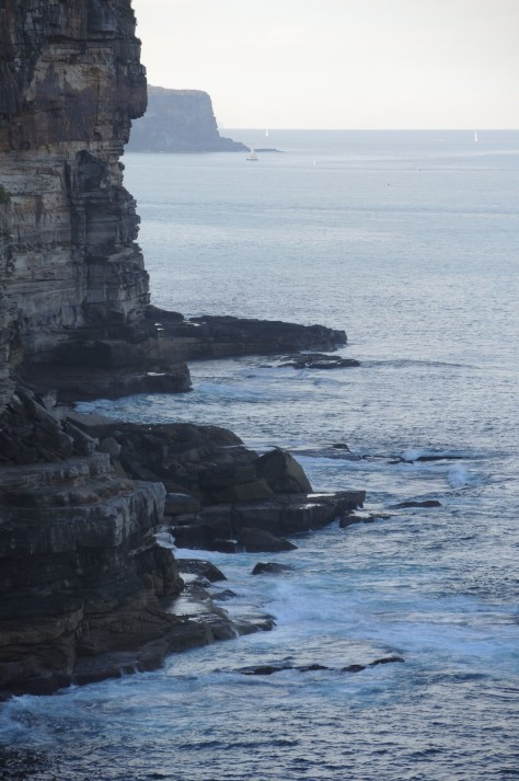 The far cliff face marks the northern edge of the entrance to Sydney Harbor, the near cliffs mark the southern edge, and the wide area between is a beautiful, safe entry to the natural wonder.