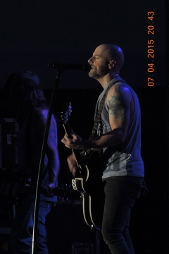 Daughtry is feeling the mood